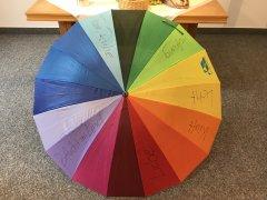 Regenbogenschirm.jpg